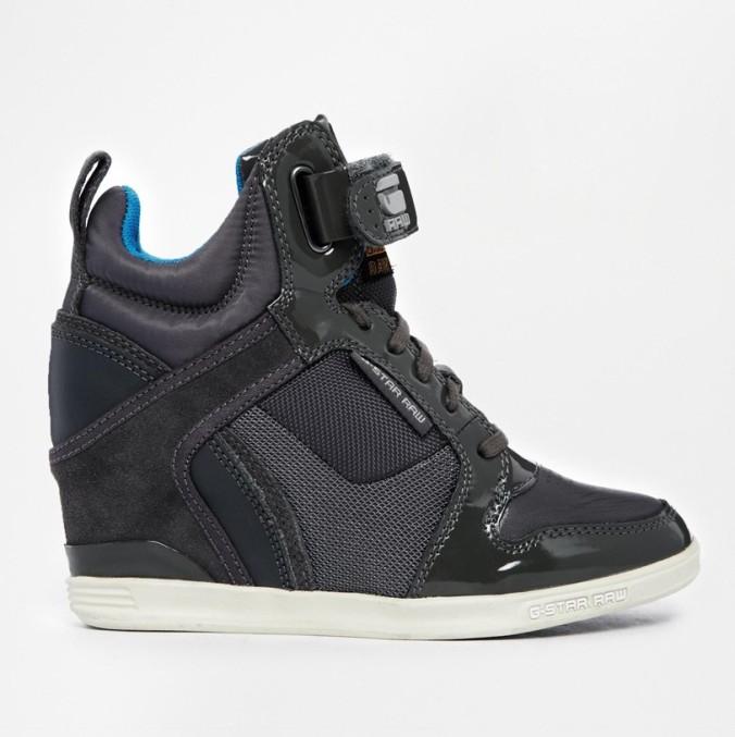 blackwedgesneakers